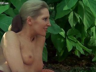 Sylvia Kristel, Jeanne Colletin and Marika Green - Emmanuell